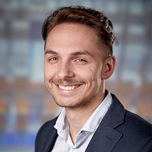 Dennis Piontek, International Sales Manager